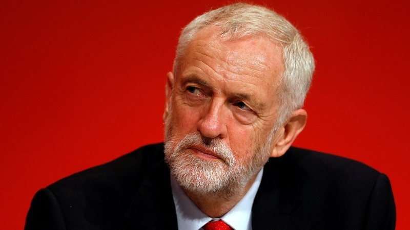 Labour votes in favor of Corbyn's Brexit stance