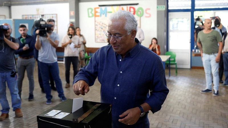 Socialists set to keep power as Portugal votes
