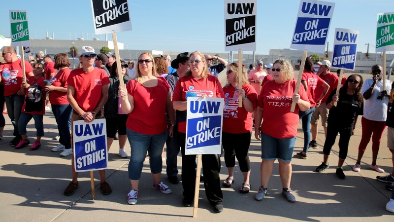 UAW official says GM talks take 'turn for the worse'