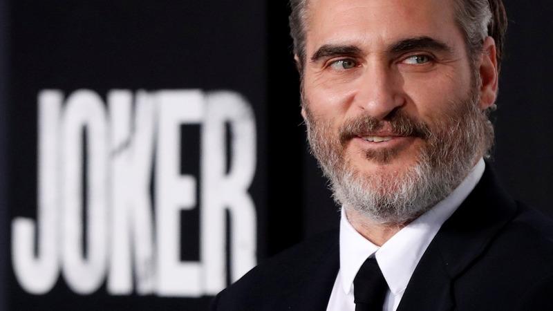 Joaquin Phoenix shocks 'Joker' audience in LA