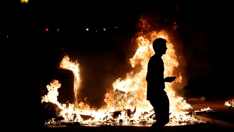 Protests set Barcelona ablaze for a second night