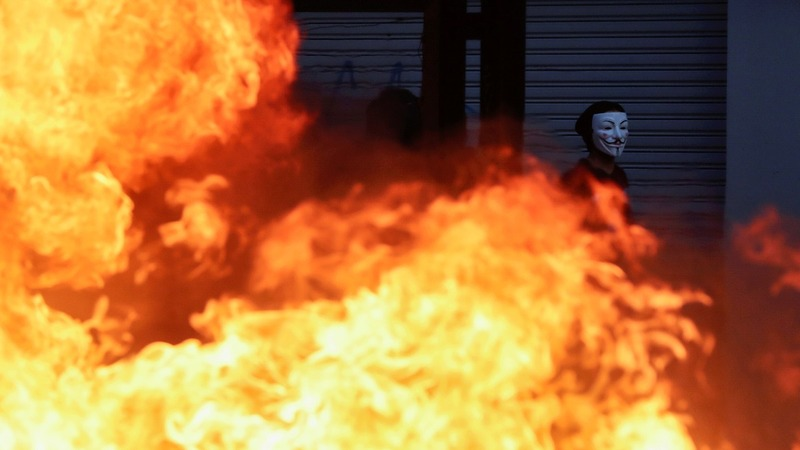 Three die after supermarket fire amid Chile riots
