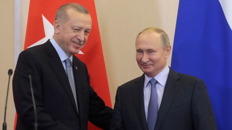 Russia, Turkey agree to joint patrols on Syria border