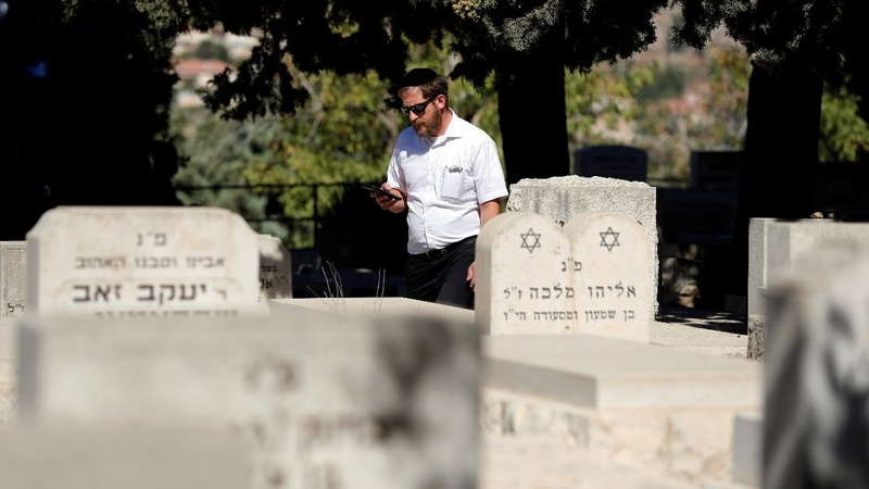 At the next tomb, turn left: GPS for graveyards