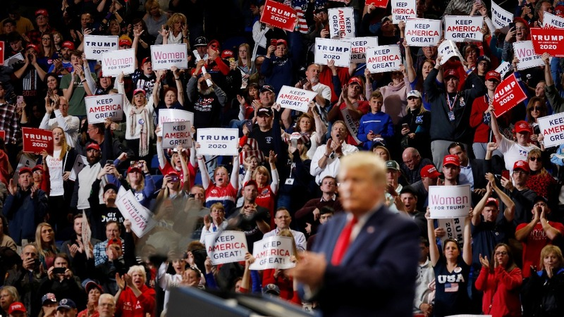 Trump rallies for GOP in tight Kentucky race