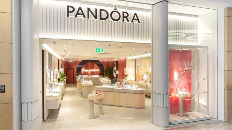 Pandora stock tumbles as revamp efforts fizzle