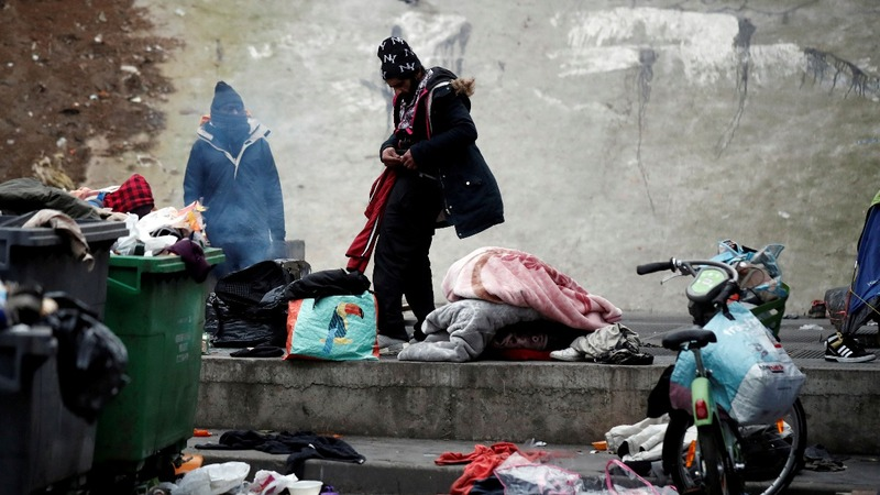 Migrant tent camps cleared in northern Paris