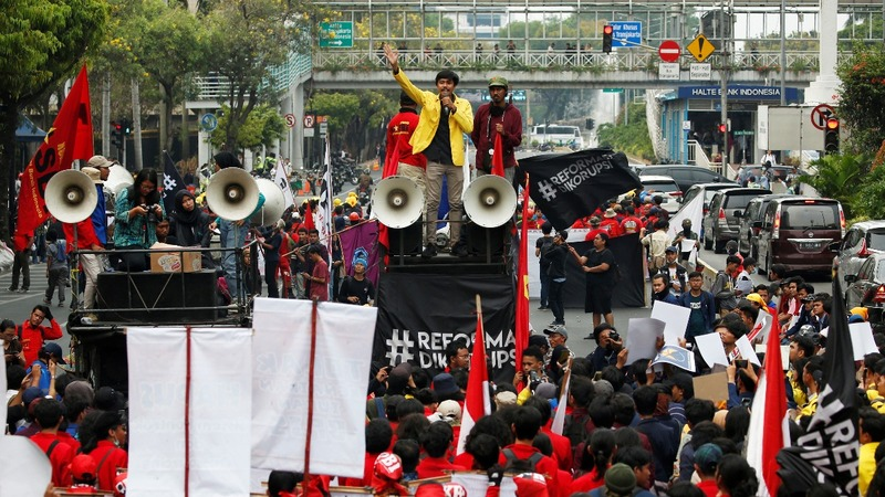 Students unite the resistance in Indonesia