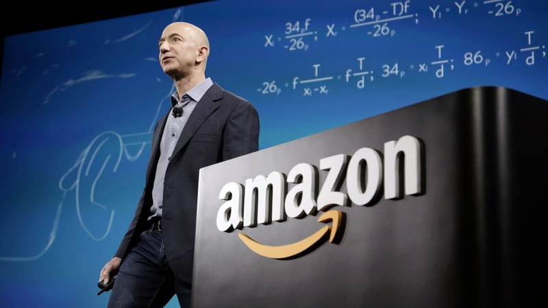 Amazon challenges Microsoft's contract win
