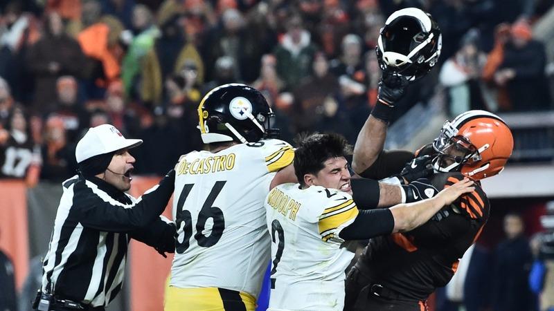 Browns' Garrett suspended indefinitely for helmet hit
