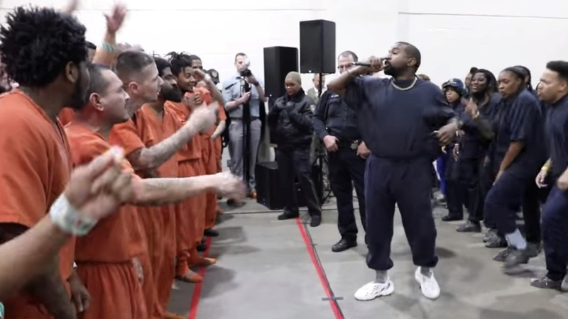 Kanye West performs for Houston jail inmates