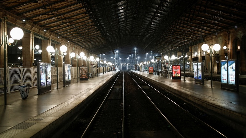 Massive transport strike takes toll on Paris