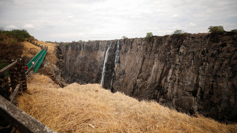 Victoria Falls dries up to a trickle