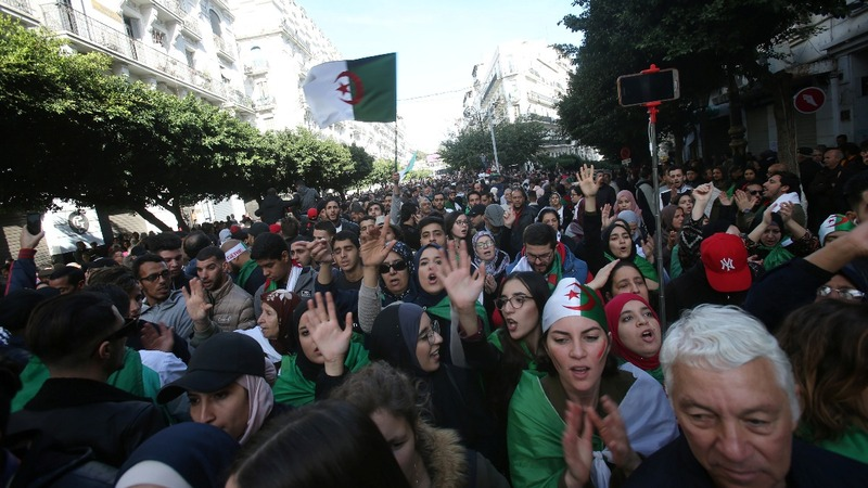 Algerian protesters rally as vote goes ahead