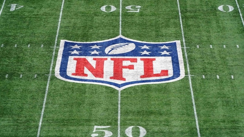 10 former NFL players facing U.S. fraud charges